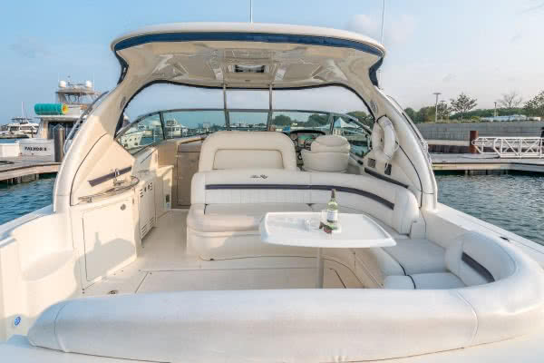 Pinnacle's Sea Ray Sundancer 440 Powerboat - WELCOME TO